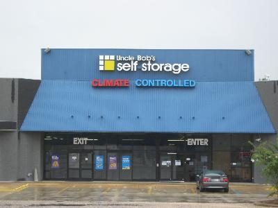Uncle Bob's Self Storage - Montgomery - E South Blvd - Photo 1