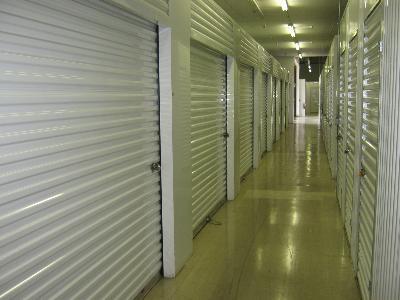 Uncle Bob's Self Storage - Montgomery - E South Blvd - Photo 3