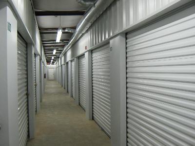 Uncle Bob's Self Storage - Auburn - Gatewood - Photo 3