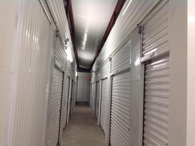 Uncle Bob's Self Storage - Cheektowaga - Union Rd - Photo 6