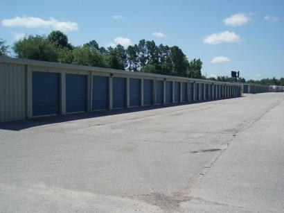 Uncle Bob's Self Storage - Madison - Highway 72 W - Photo 7
