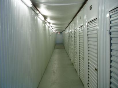 Uncle Bob's Self Storage - Louisville - Dixie Hwy - Photo 2