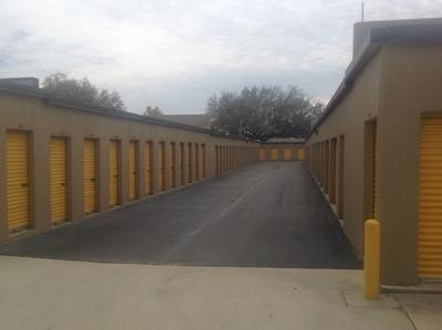 Uncle Bob's Self Storage - Tampa - W Hillsborough Ave - Photo 9