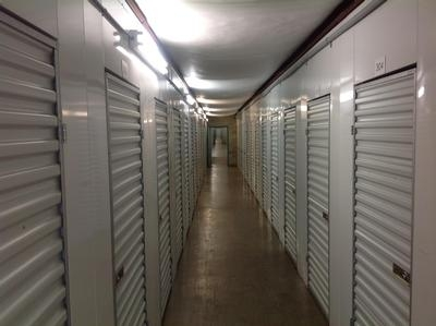 Uncle Bob's Self Storage - Columbus - Cleveland Ave - Photo 5