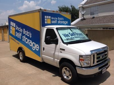 Uncle Bob's Self Storage - Dallas - Milton St - Photo 4
