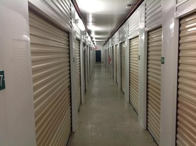 Uncle Bob's Self Storage - Columbus - Evanswood - Photo 7
