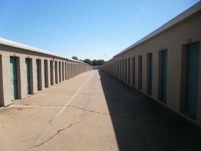 Uncle Bob's Self Storage - Dallas - 3210 S Buckner Blvd - Photo 5