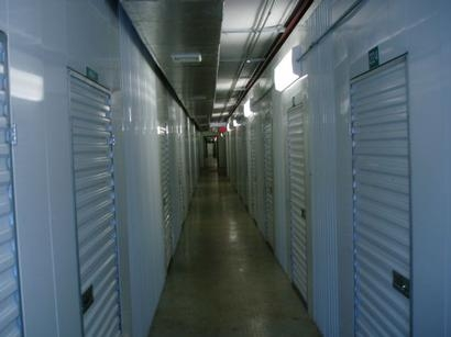Uncle Bob's Self Storage - Columbus - W Henderson Rd - Photo 5