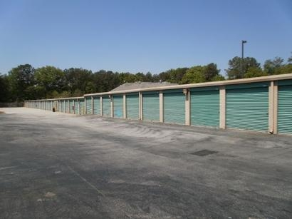 Uncle Bob's Self Storage - Decatur - Candler Rd - Photo 3