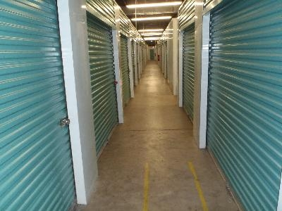 Uncle Bob's Self Storage - Decatur - Candler Rd - Photo 6