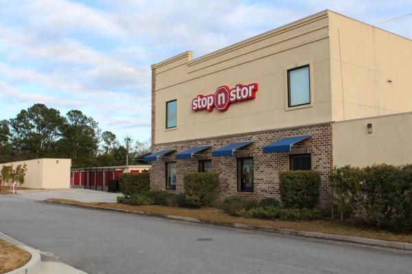 Stop N Stor 2 - Photo 4