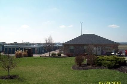 Advantage Self Storage - Hamilton - Photo 2