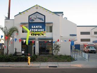 Santa Storage - Photo 1