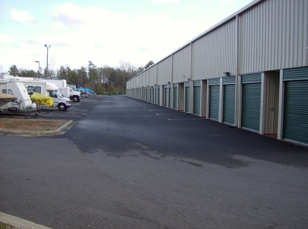 Storage & Business Centre of Tega Cay - Photo 11