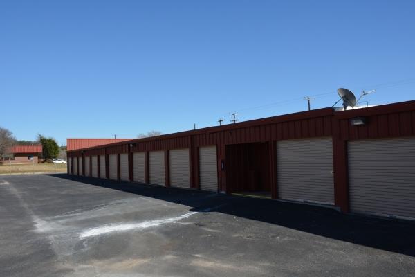 AAA Alliance Self Storage - San Antonio - Photo 3