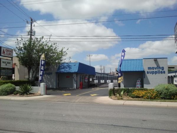 Your Storage Place - San Antonio - Fredricksburg Rd. - Photo 1