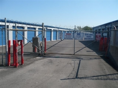 Your Storage Place - Houston - Airline Dr. - Photo 2