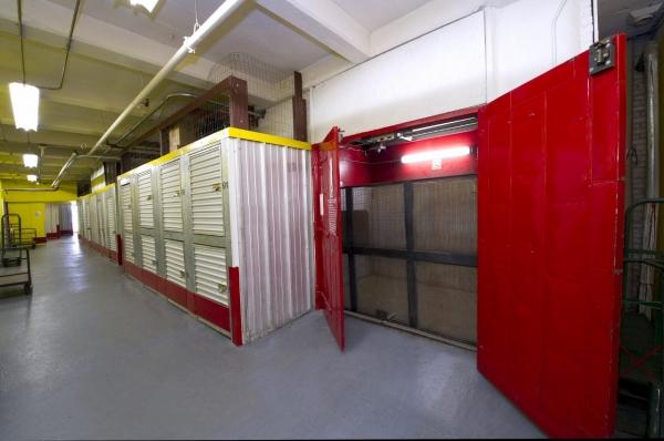 Planet Self Storage - Somerville - Photo 2