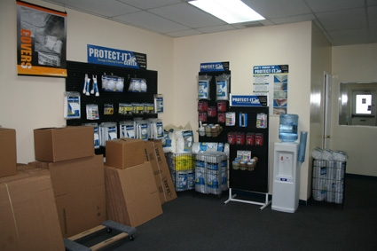 American International Self Storage - 164th Street - Photo 2