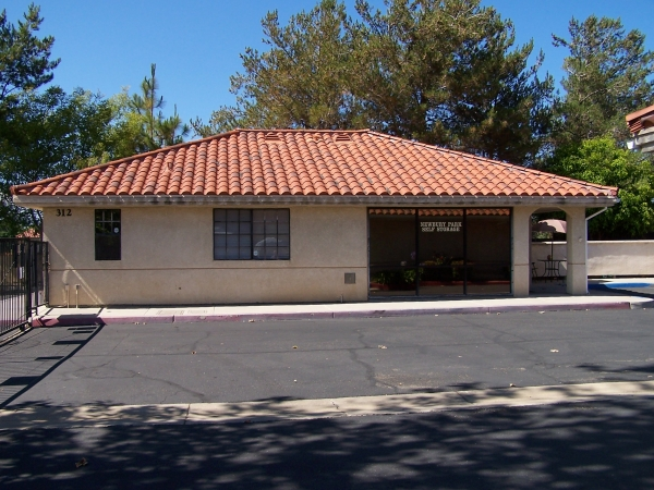 Newbury Park Self Storage - Photo 4