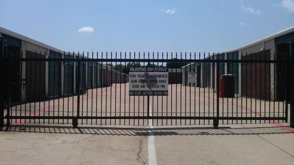 Alamo Mini Storage - Matlock - Photo 8