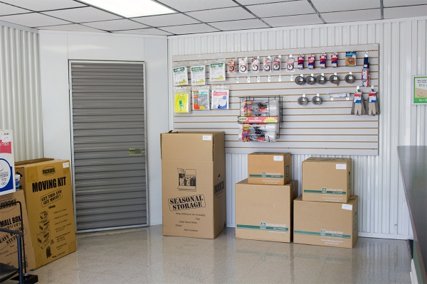 Storage Post - Tom Drive - Photo 5