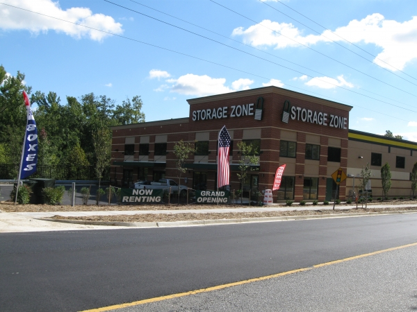 Self Storage Zone - Temple Hills - Photo 1