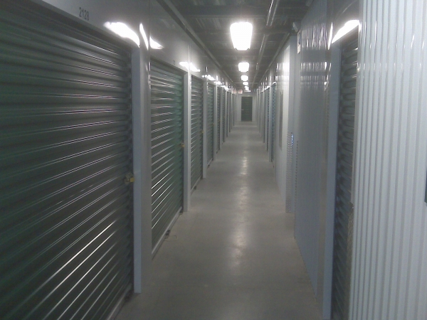 Self Storage Zone - Temple Hills - Photo 3