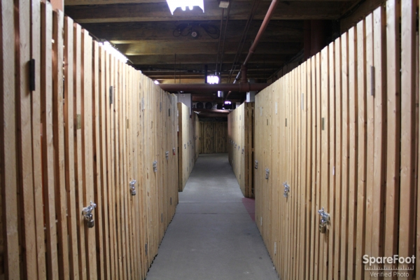 East Bank Storage - Ohio & Kingsbury - Photo 12