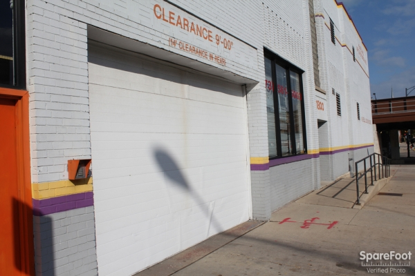 Foster Ravenswood Self Storage - Photo 2