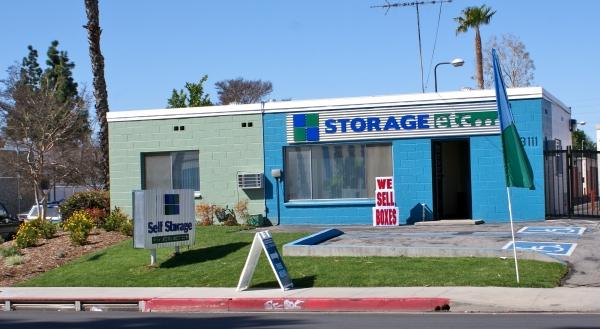 Storage Etc. - Canoga Park - Photo 3