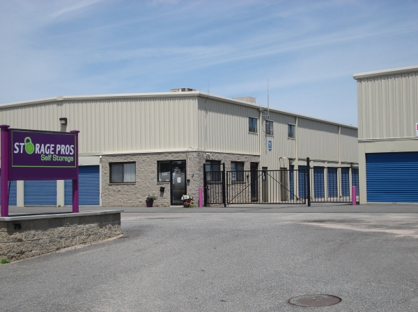 Storage Pros - Middletown - Photo 1