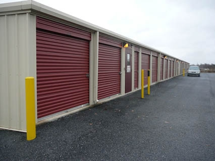 Storage World of Valley Green - Photo 4