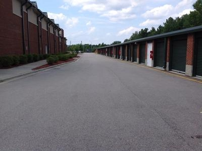 Uncle Bob's Self Storage - Cary - Davis Grove Cir - Photo 8