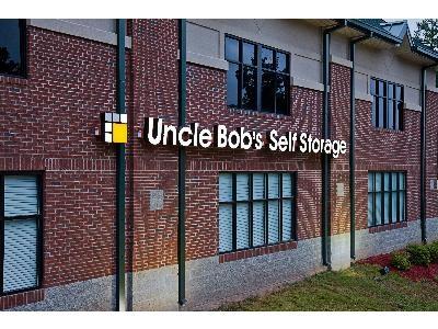 Uncle Bob's Self Storage - Cary - Davis Grove Cir - Photo 6