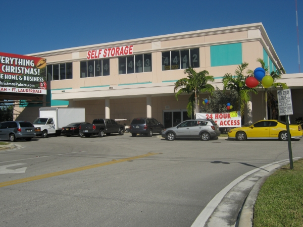 Sunshine Self Storage - Cooper City - Photo 3