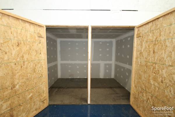 Eagle Storage Company - Photo 10