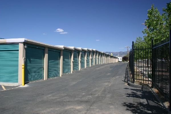 Devon Self Storage - Albuquerque - Photo 4