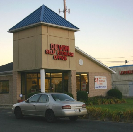 Devon Self Storage - Charlotte - Photo 1