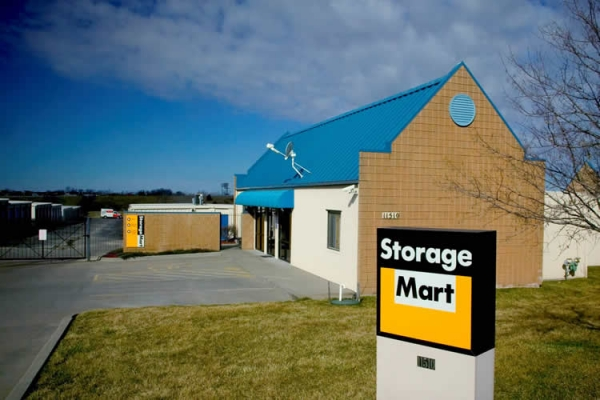 StorageMart - 169 Hwy & NE Cookingham - Photo 1