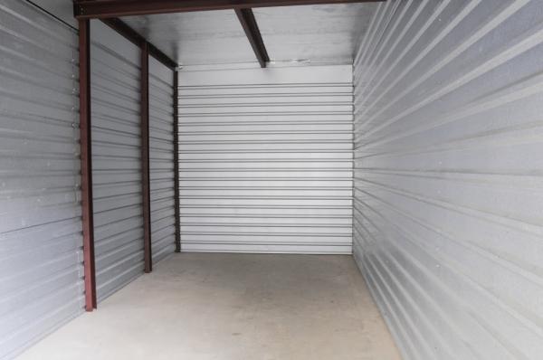 StorageMart - 169 Hwy & NE Cookingham - Photo 4
