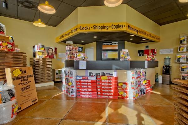 StorageMart - Griffin Rd & I-95 - Photo 2
