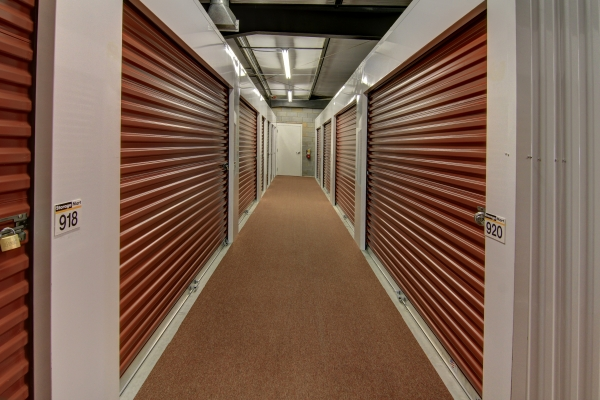 StorageMart - Atlanta Hwy & Cleveland Rd - Photo 3