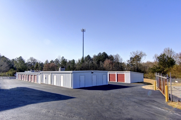 StorageMart - Atlanta Hwy & Cleveland Rd - Photo 4