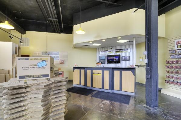 StorageMart - Halsted & Chicago - Photo 2