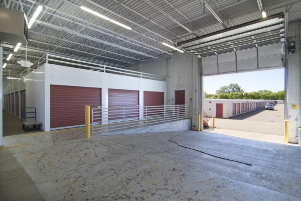 StorageMart - Excelsior Rd & Shady Oak - Photo 5