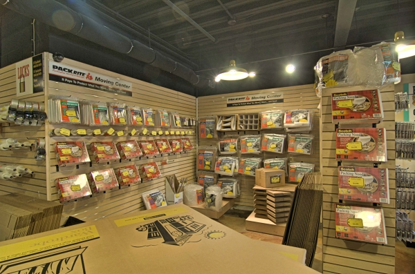 StorageMart - River Rd & Ferry Rd - Photo 2