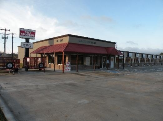 Plum Creek Self Storage - Photo 1