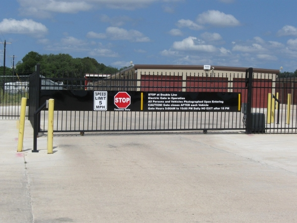 Plum Creek Self Storage - Photo 6