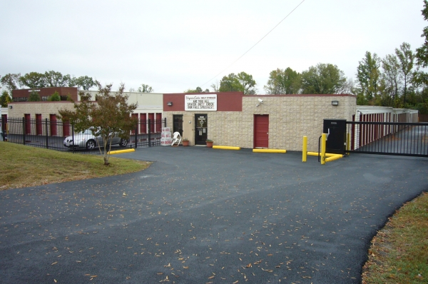 Virginia Center Self Storage - Photo 2